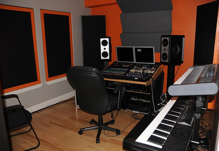 Home Studio Decorating Ideas Part - 15: Smart Rack Recording Studio Design Organizing Idea For Small Space Complete  With Polish Wood Floor - Home Recording Studio Design 2014