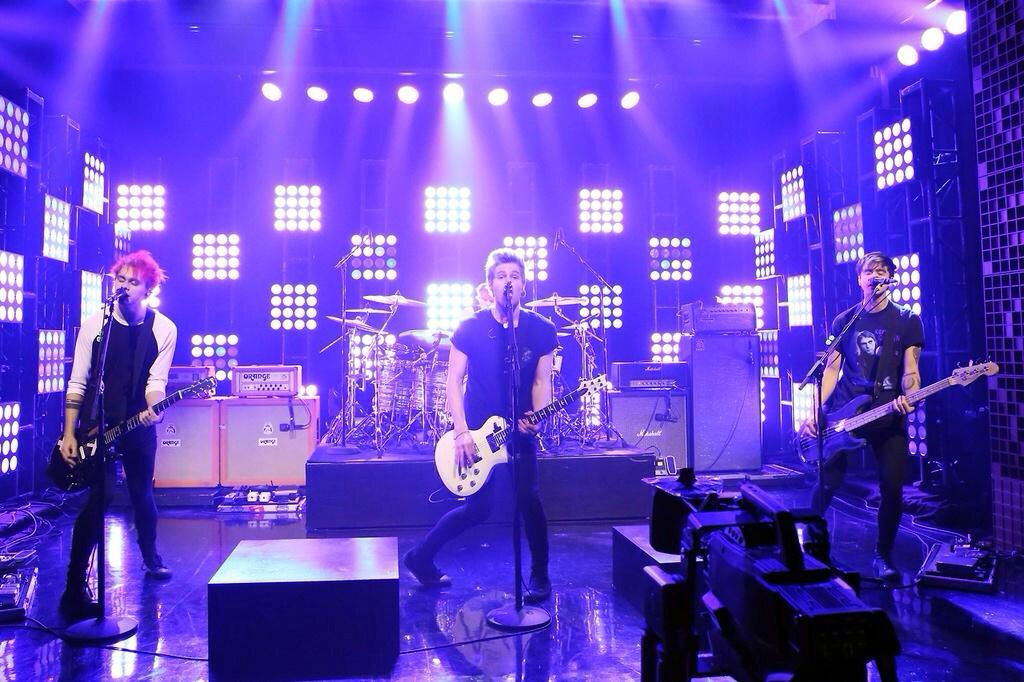 5 Seconds Of Summer On Jimmy Fallon Oct 12