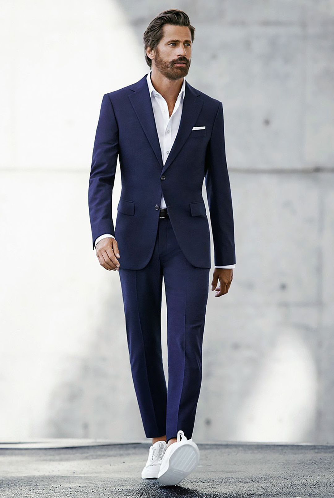 stan smith avec veste costume