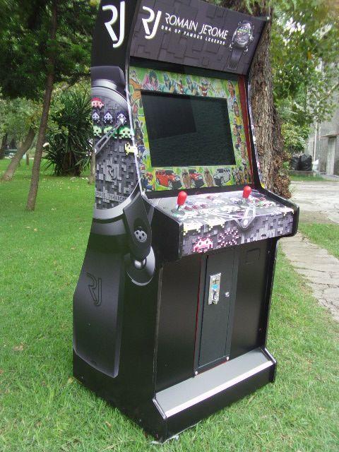 "Máquina de Video Juegos ""Moderna""."