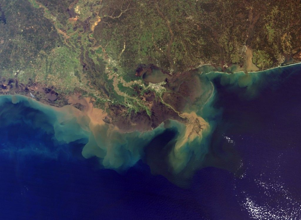 Mississippi River Delta, US The great American river runs into the ...