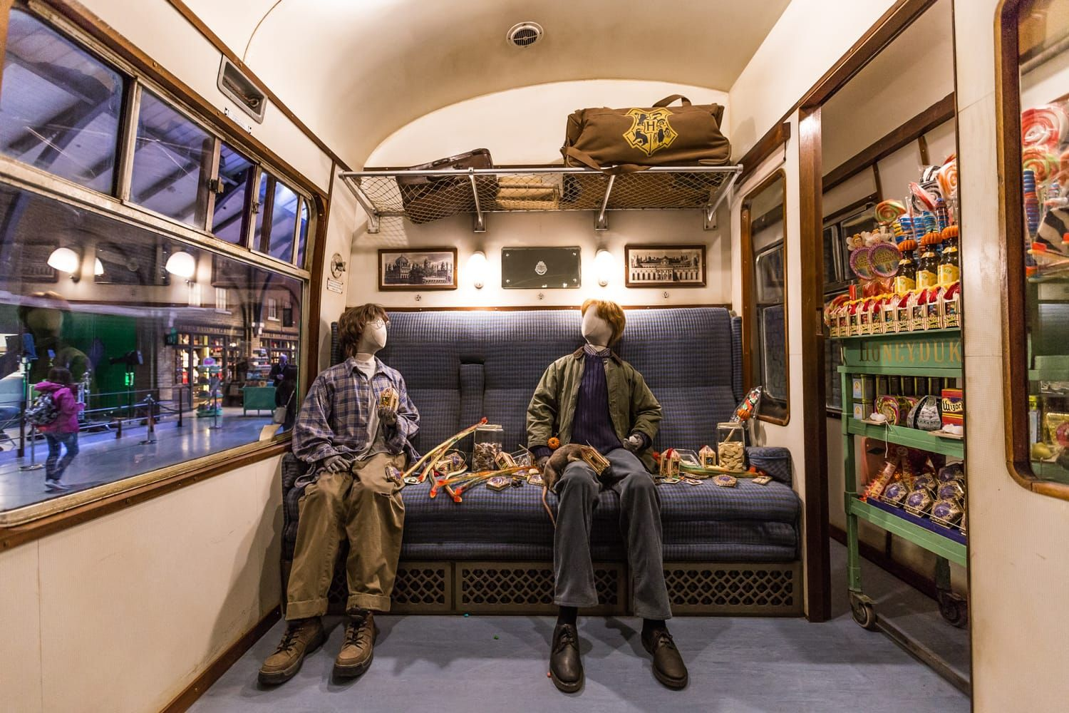 25 Harry Potter Destinations You Can Visit In Real Life Road Affair Harry Potter Train Harry Potter Travel Bucket List Warner Brothers Studio Tour
