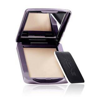 Phấn phủ The ONE Matte Velvet Powder bền màu giúp hạn chế bóng nhờn, cho lớp trang điểm mượt mà hoàn hảo suốt ngày dài. 8g