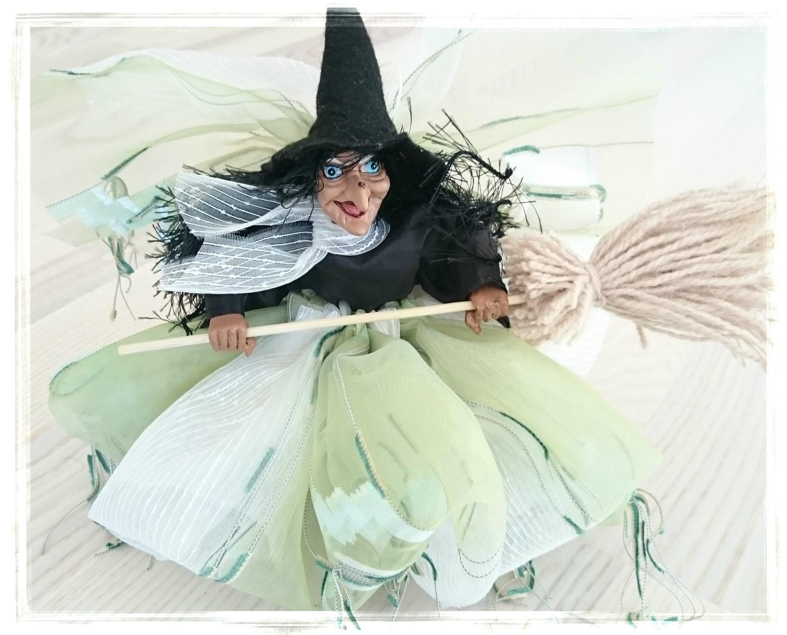 A German Kitchen Witch Brings Good Luck to Your Kitchen! #witchcottage Witch Figurine Hag with Broom, Kitchen Witch, Kitchen witch Doll, Hedge Witch, Flying witch, Germany witch, Cottage witch, Farmhouse witch #witchcottage
