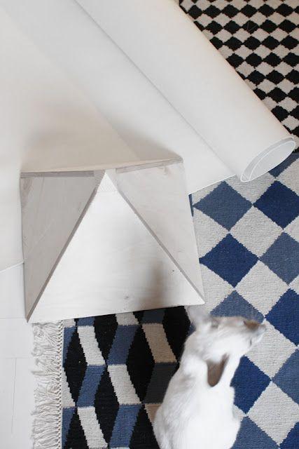Carpet pattern. Rapsin rapsin, image via http://pikkuvarpunen.blogspot.fr/
