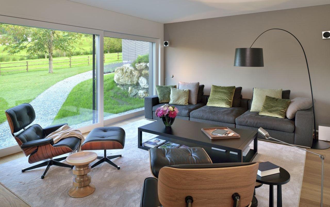 Arredamento Di Una Casa Di Campagna : Una casa di campagna purista nella natura svizzera interior