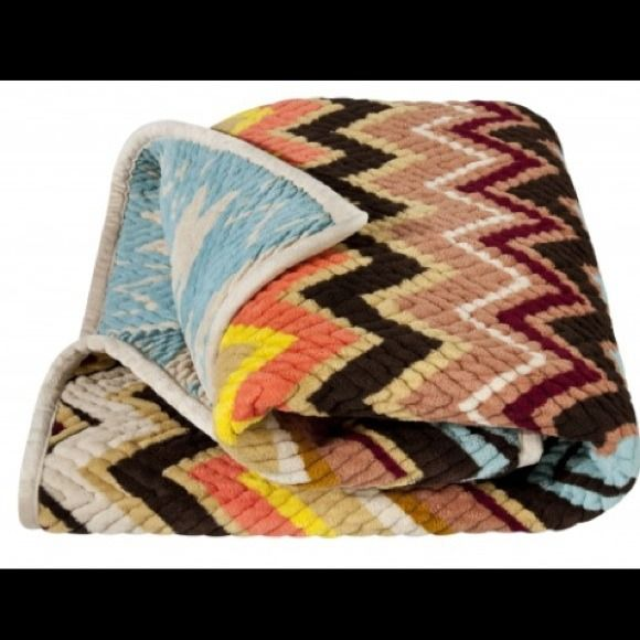 LOOKING FOR ! Missoni for target chevron throw! Missoni for target blanket Missoni Accessories