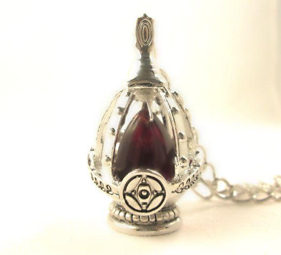 Kyoko Sakura S Soul Gem Necklace Gem Necklace Gems Glass Gemstone