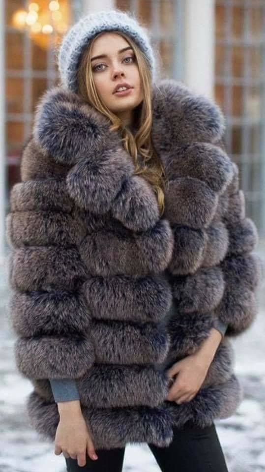 Pin by Forever Furs on Furs 7 (With images) | Fur fashion
