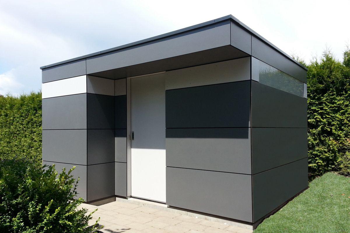 charakteristisch f r dieses moderne holz gartenhaus ist das umlaufende fensterband die. Black Bedroom Furniture Sets. Home Design Ideas