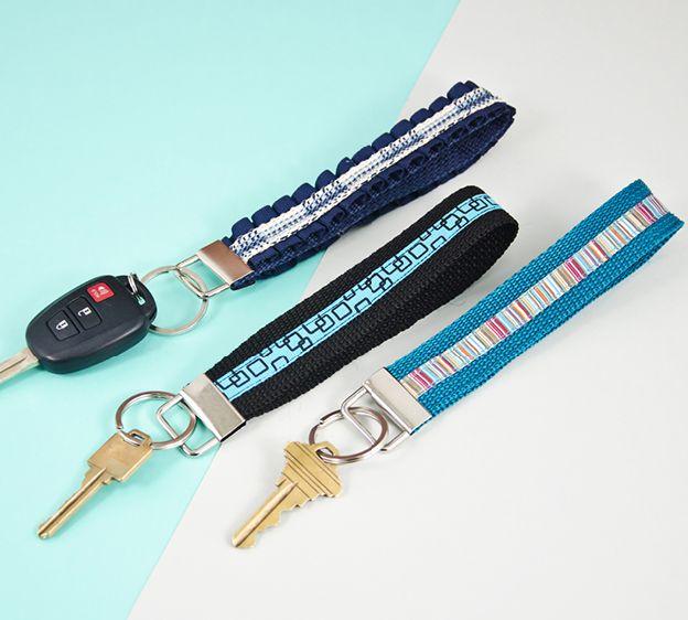 Club Tissus - Projet porte-clés | porte clé | Pinterest | Porte clé ...