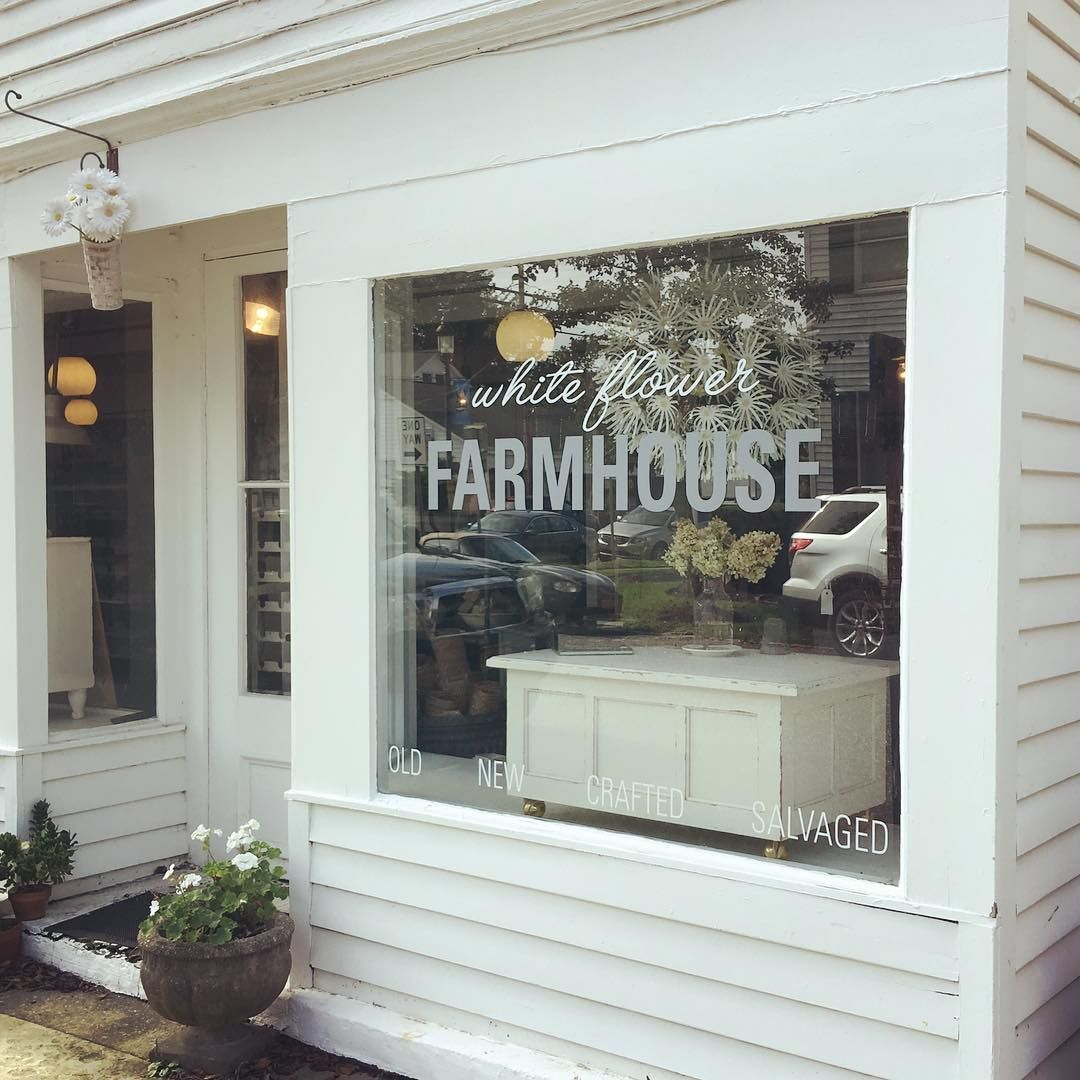 White Flower Farmhouse On Instagram It S A Beautiful Sunny Day On The North Fork And Main Street Southold Is Bustling Vint White Flowers Farmhouse Southold