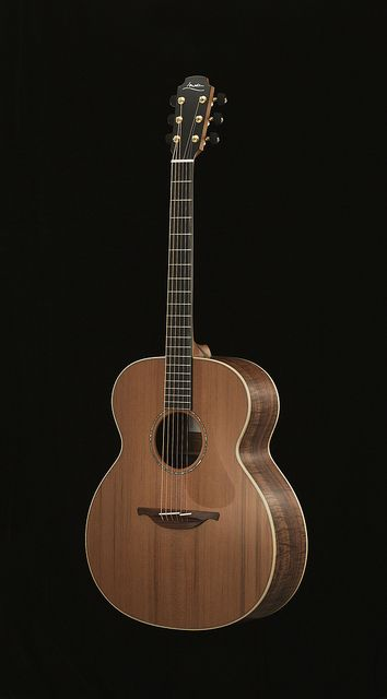 Pic 1 Guitar Wholesale Designer Clothing Acoustic Guitar