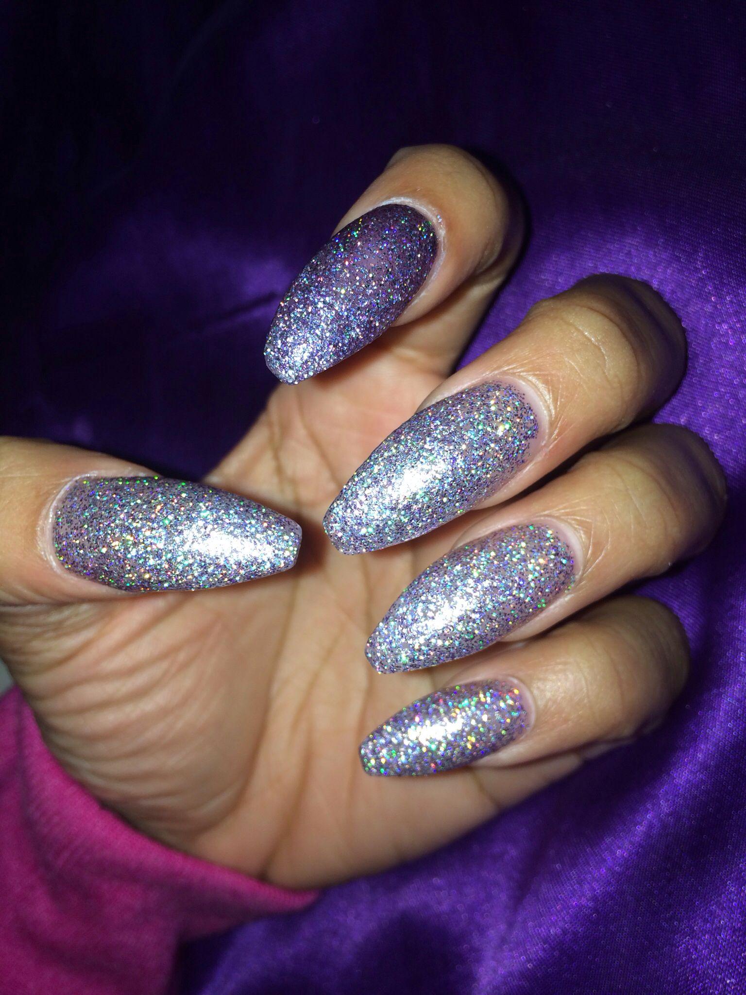 Coffin nails. Glitter nails. Long nails. Acrylic nails. Nail art ...