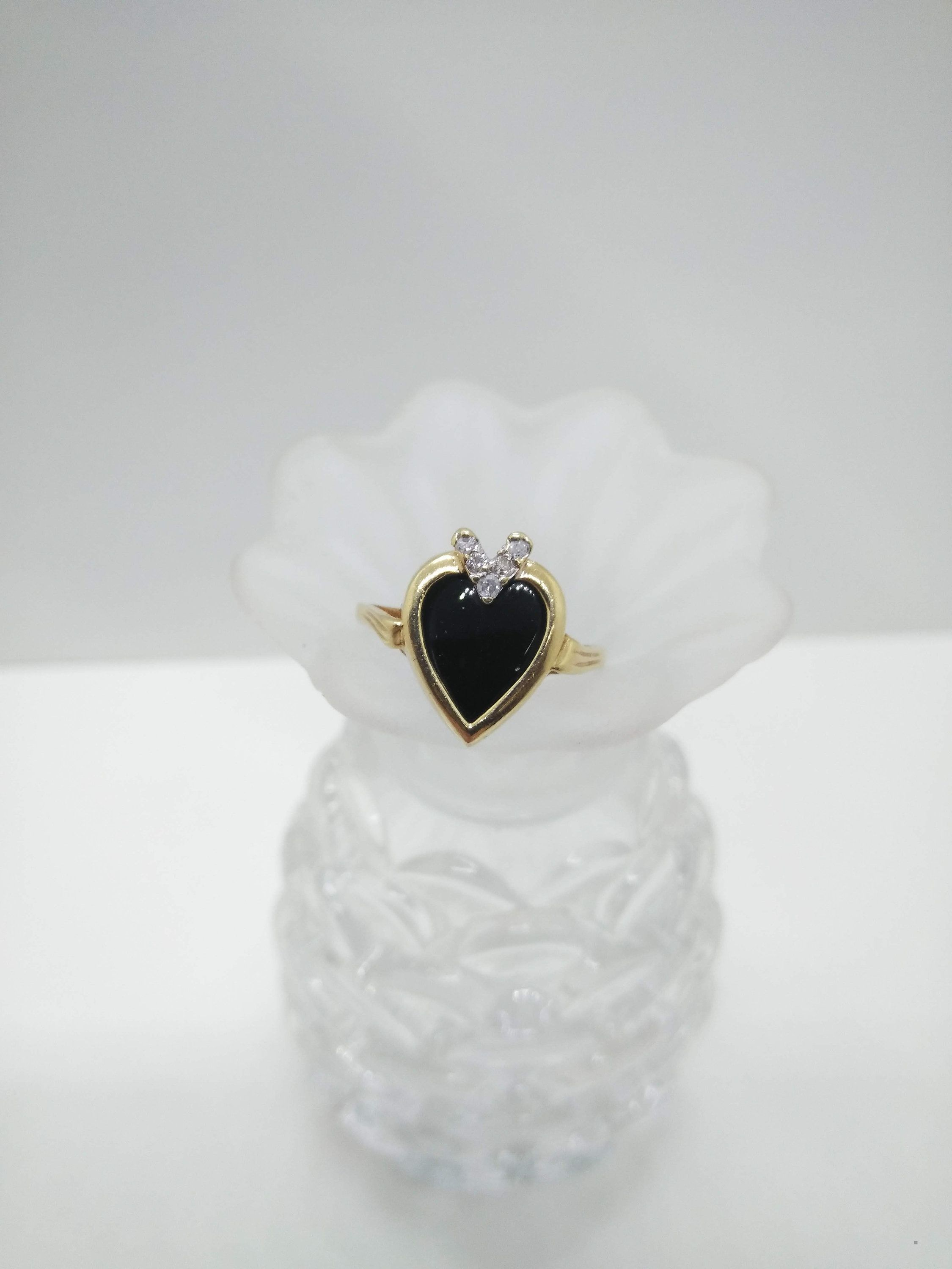 10k Gold Diamond Black Onyx Heart Ring Size 5 1 2 Solid 10k Yellow Gold Ring In 2020 Diamond Heart Rings Yellow Gold Rings