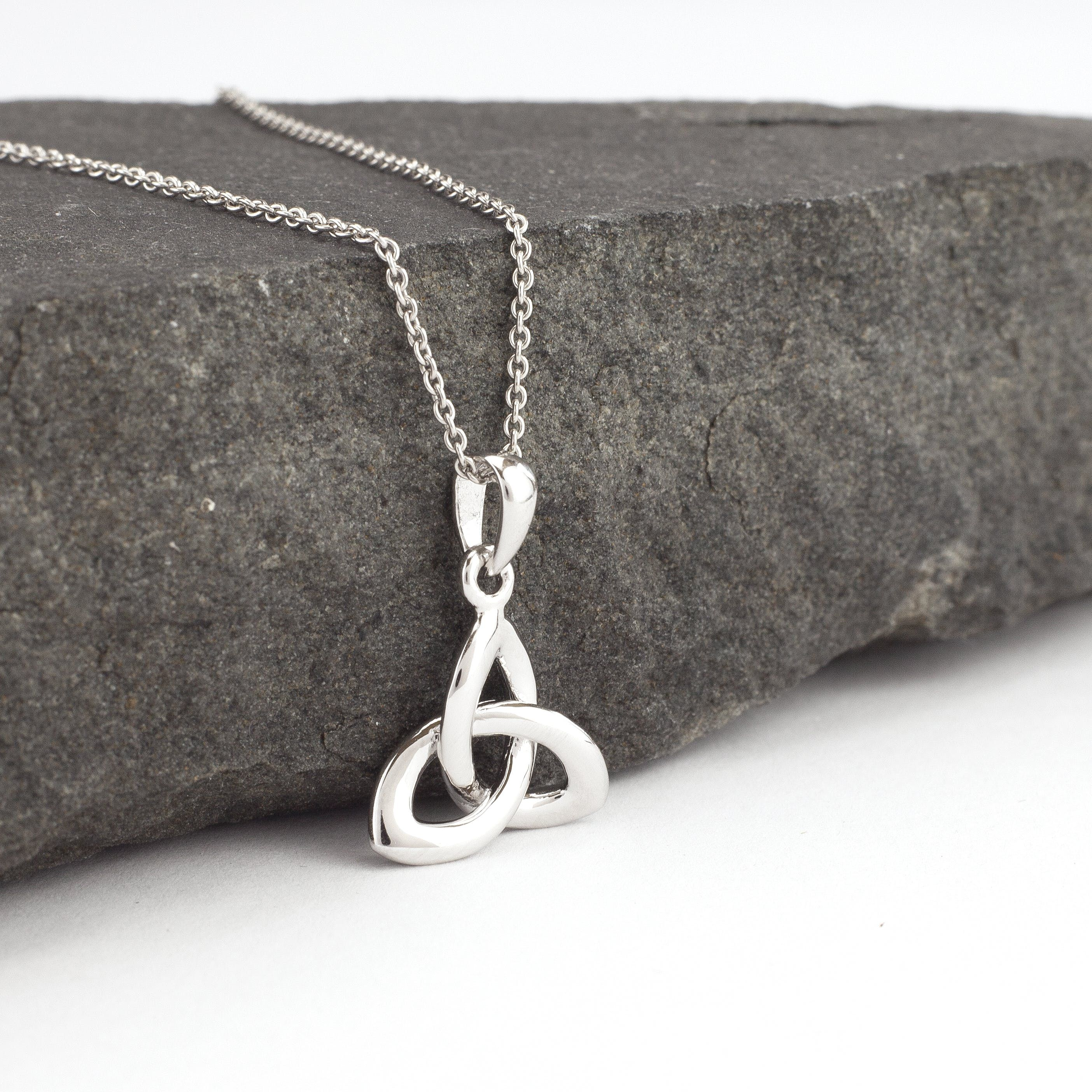 Trinity Knot Necklace Sterling Silver Silver, Luxury