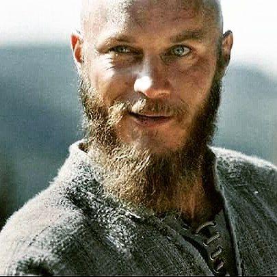 "75 Beğenme, 2 Yorum - Instagram'da Lisa (@m4mysoul1502): ""Oh #ragnar #travisfimmel #vikings"""