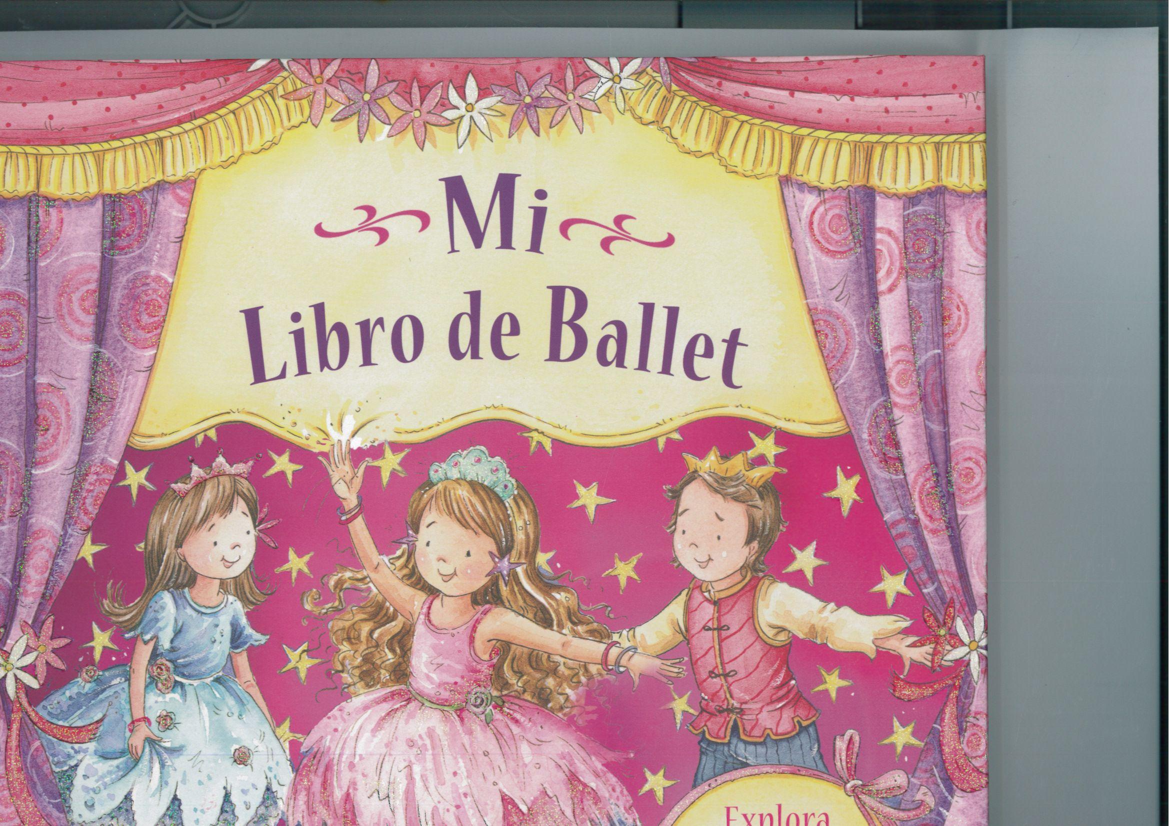 ¡Qué ilusión! ¡Los alumnos están preparando su primer festival de ballet! Todos quieren hacerlo muy bien, pero... ¿Será Bea capaz de dominar su melenita rebelde? ¿Podrá Emma superar el miedo a actuar en público? ¿Saldrá todo bien? Nicola Baxter: Mi libro de ballet (Libros del Atril)