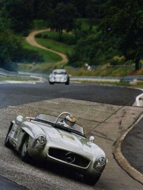 Mercedes 300 Sl In Action Classic Cars Porsche Cars Mercedes