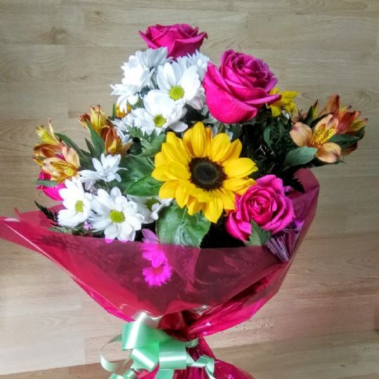 Ramo de flores para regalar por un cumplea os ramos de - Ramos para regalar ...