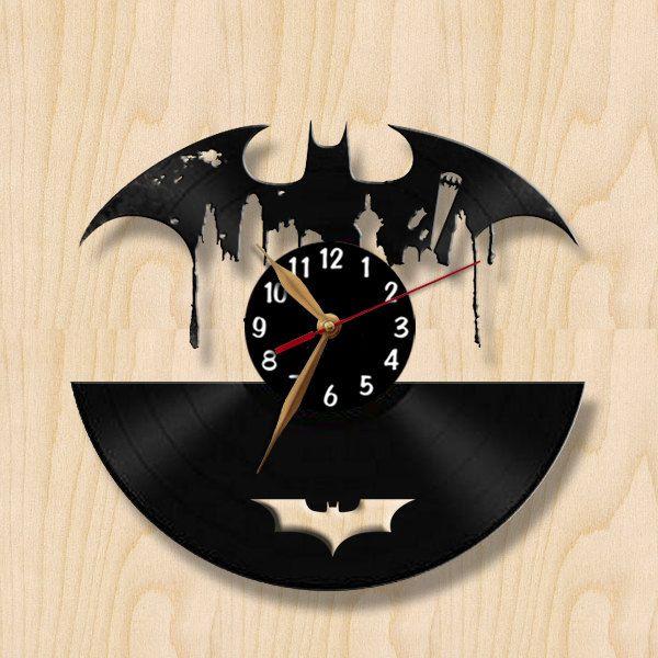 Batman disque vinyle horloge murale noir par vinylimage sur etsy wills man - Decoration disque vinyle ...