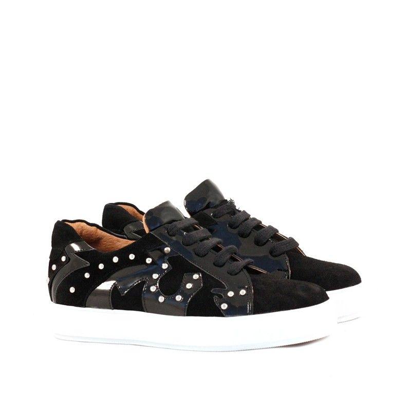 Comprá online zapatillas urbanas de gamuza negro en Batistella. Todas las  formas de pago. 64fc52e3aa2