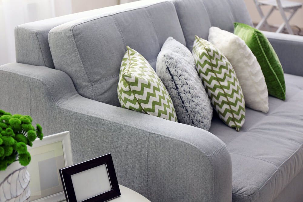 35 Sofa Throw Pillow Examples Sofa Decor Guide Grey Throw