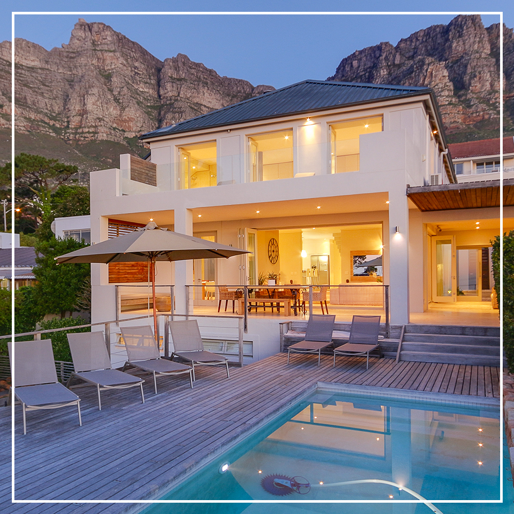 Welcome to this stylish Cape Town villa, hidden within a ...