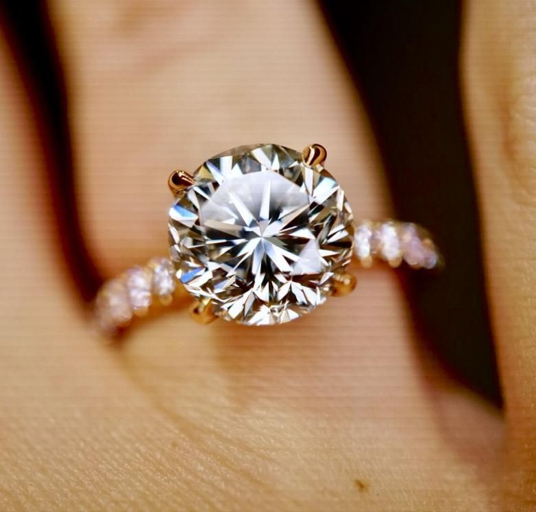 3 14ct Round Brilliant Engagement Ring With Fancy Pink Side Diamonds Egl Certified Incredible Price Brilliant Engagement Rings Round Brilliant Engagement Ring Big Engagement Rings