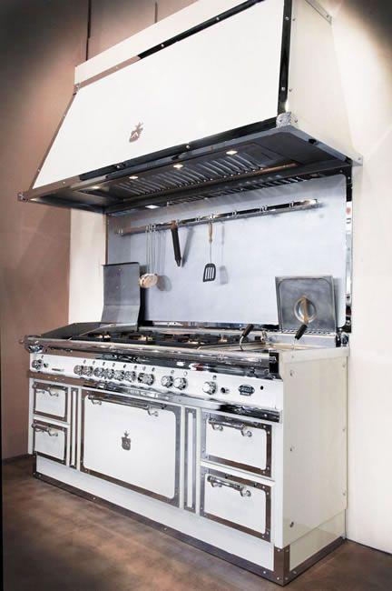 Cucina. Officine Gullo. | Luxury appliances | Pinterest | Cucina ...