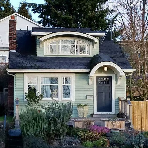 Exterior Paint Ideas For Small Homes: Cute Cottage, House