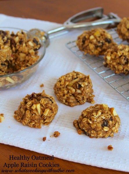 Healthy Oatmeal Apple Raisin Cookies (1 C whole wheat flour, 2 C whole oats, 1 tsp baking powder, 1/2 tsp baking soda, 1/4 tsp sea salt, 1 tsp cinnamon, 1 egg, 2 Tbsp canola oil, 3/4 C sugar (or 1/2 C agave), 1 C applesauce, 1 tsp vanilla, 1 apple (finely diced), 3/4 C raisins)