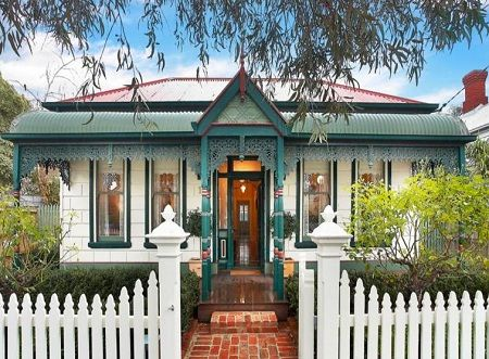 Typical Federation house Australia | Colonial house ...