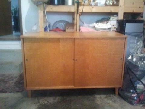 mid century modern buffet or media unit - $100