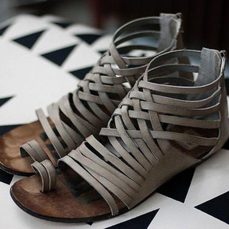 b4a09018a5ace Thong High-Cut Upper Flat Sandals in 2018