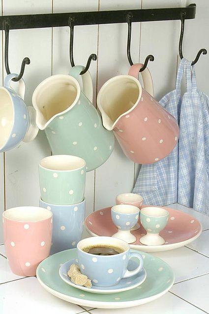 Dots Dishes Cuisine Pastel Cuisine Shabby Chic Interieur Pastel