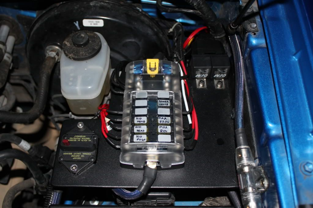 f2e97ae0ee8b27abf98c9de2655d5ee1 blue sea aux fuse block ttora forum chevy pinterest how to use a car fuse box at bakdesigns.co