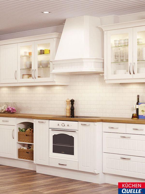 Die Landhauskuche Bavaria 4333 Magnolie Ist Ein Exemplar In Allerbester Handwerkstradition Gerade So Als Ware Sie Landhauskuche Einbaukuche Kucheneinrichtung