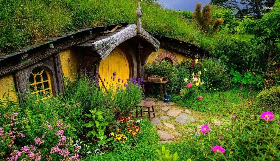 Get the latest social media updates on Hobbiton. Cottage