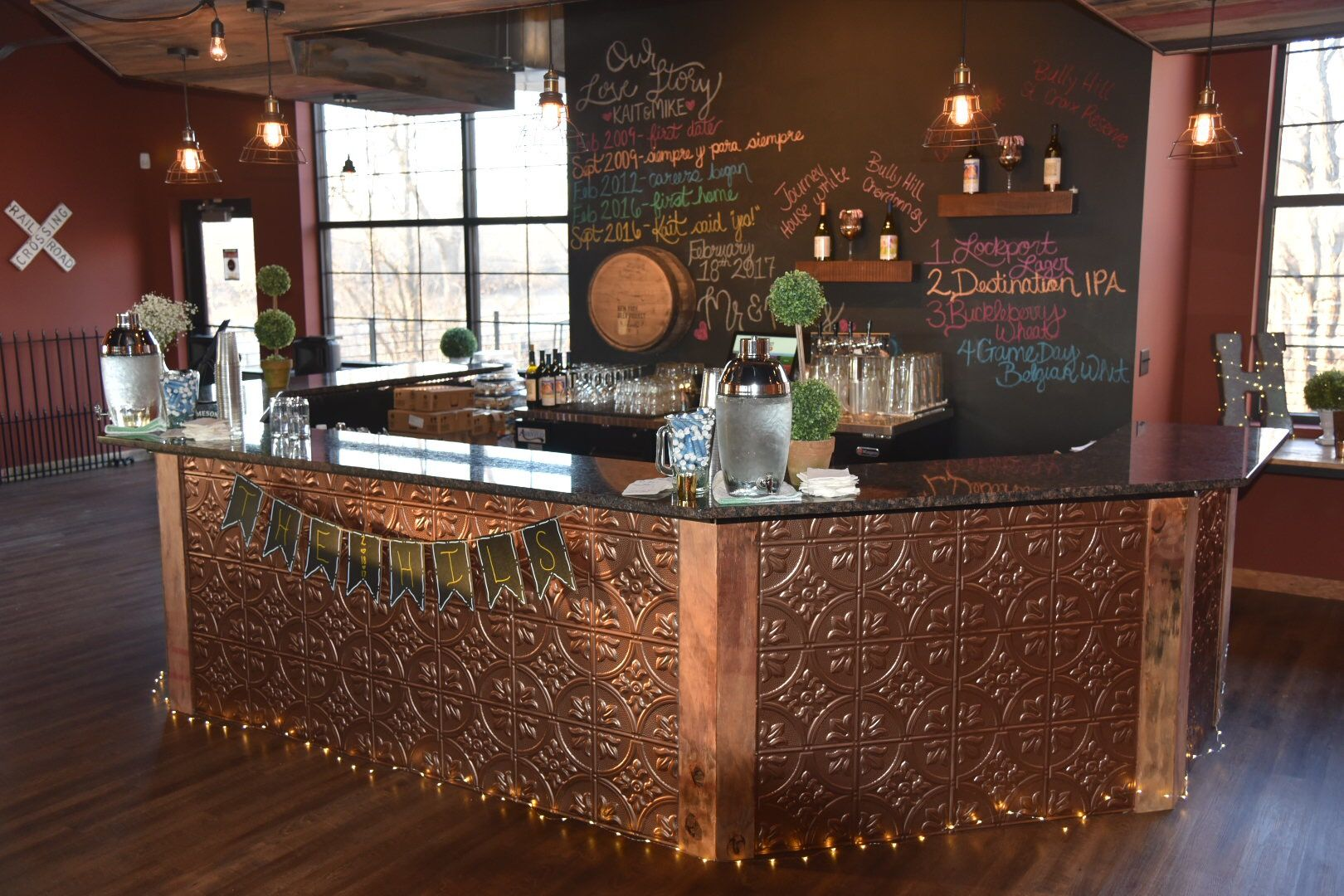 Beautiful Rustic Bar idea for a private event or wedding ...