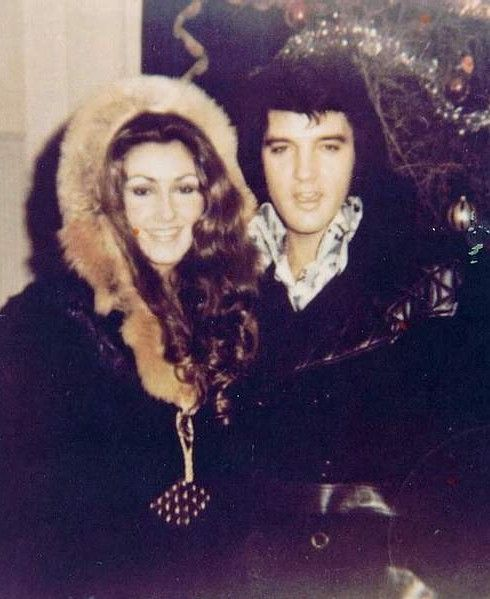 July 6, 1972 - Through George Klein, Elvis is introduced to Linda Thompson Elvis Presley Video at the Memphian. Description from pinterest.com. I searched for this on bing.com/images