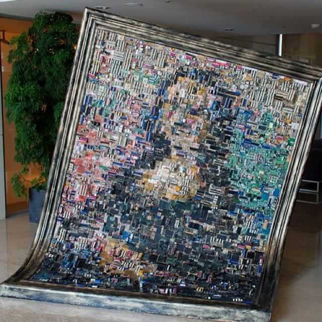 Mona Lisa made out of computer motherboards. Neat.