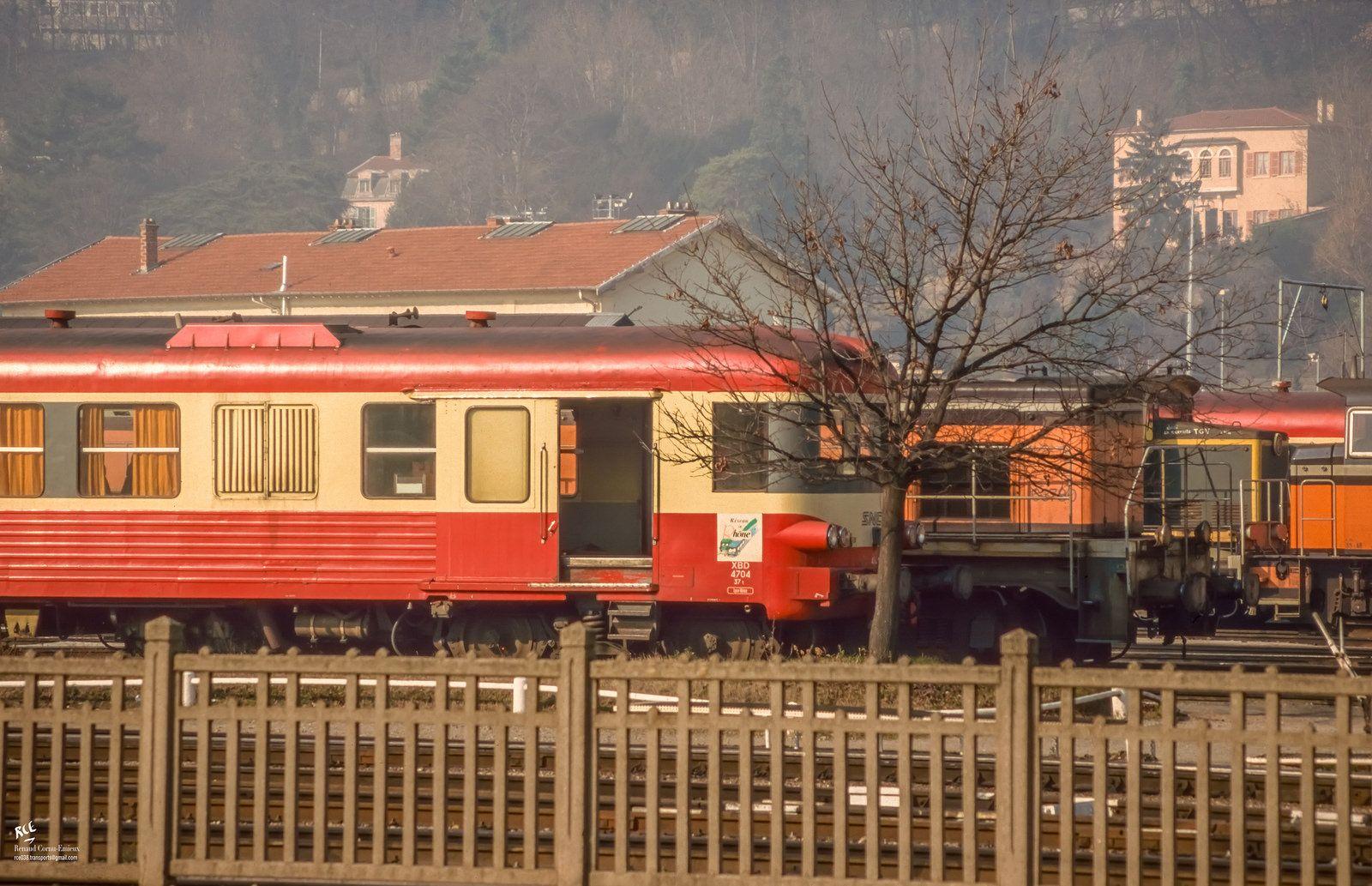 X4704 au dépôt de Vaise (avec images) Dépôt