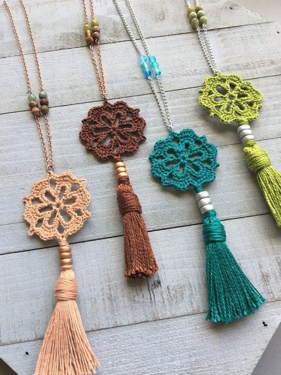 Klicke um das Bild zu sehen. Boho Tassel Necklace Boho Crochet Pendant 20 Long #crochetflowerpatterns