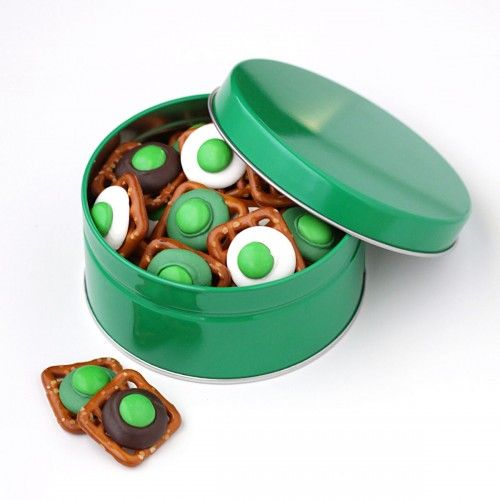 """Green """"egg"""" Pretzels"""