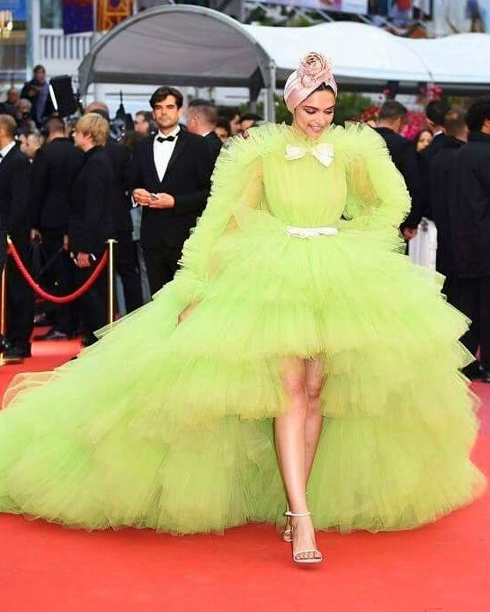 Cannes 2019: Deepika Padukone Is Pulling Off the Neon ...