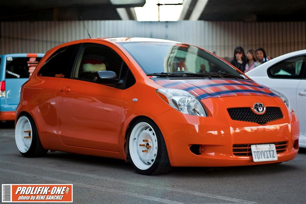 Hellaflush Toyota Yaris With Images Classic Cars Yaris Toyota
