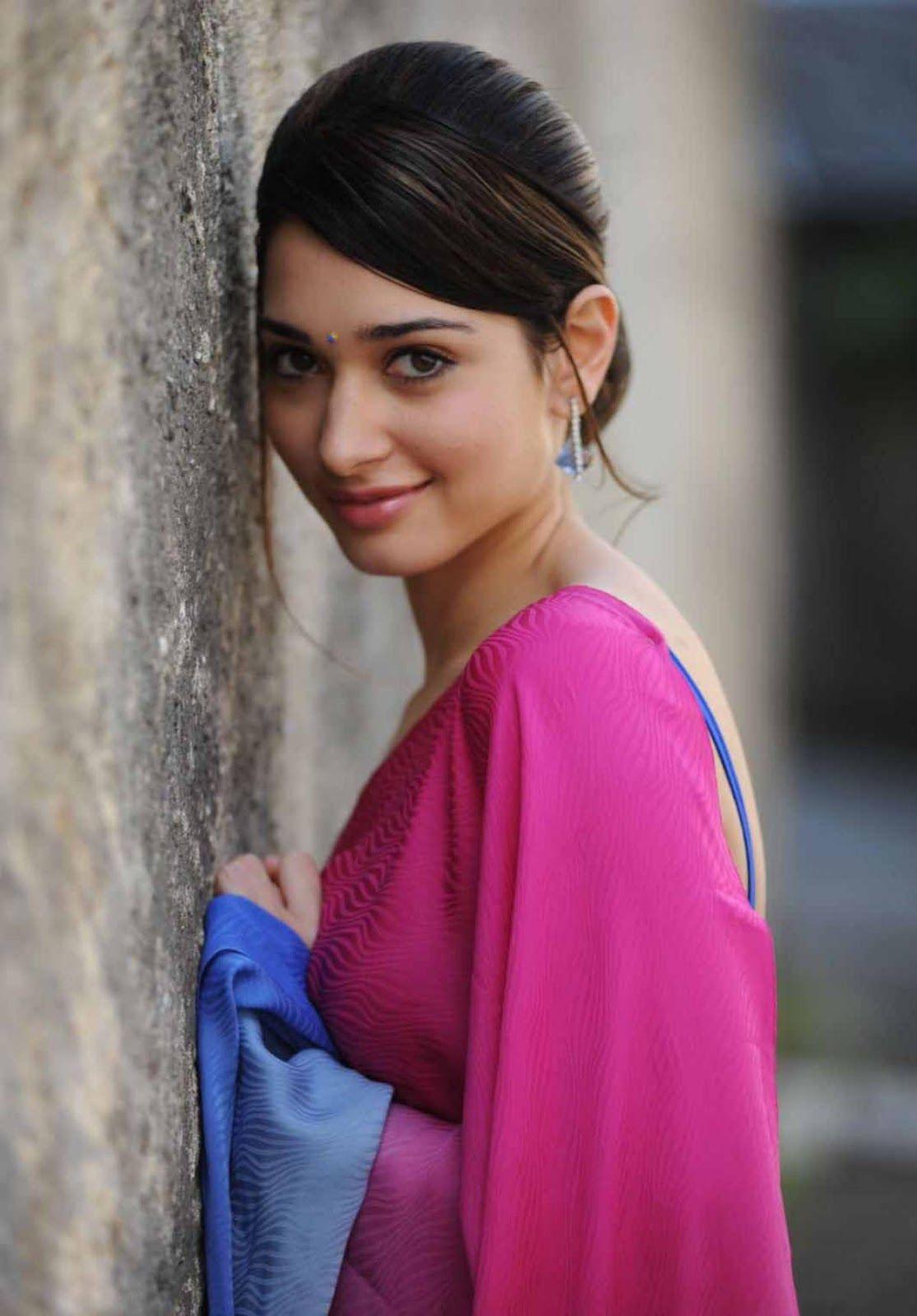 Pin By Deoy On Tamanna Bhatia Saree Beautiful Saree Indian Actresses