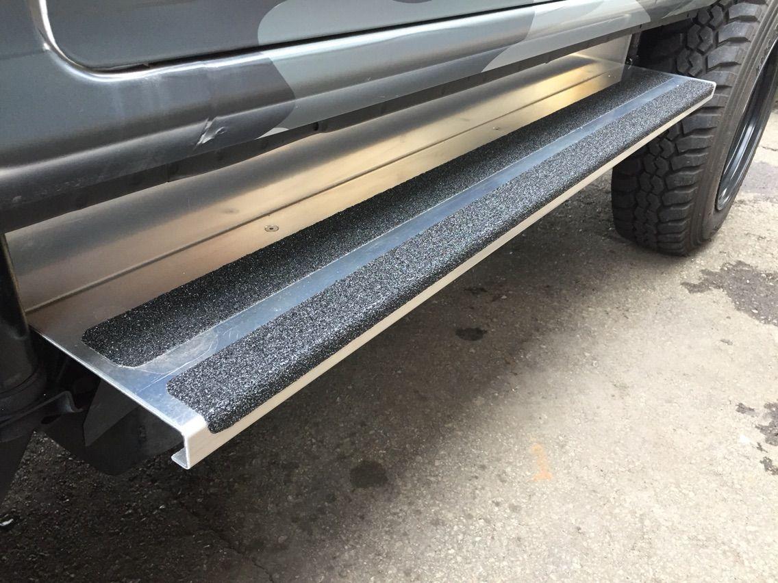 サンバー フルアルミシマ鋼板貼付け カスタム屋 Hardee S サンバー 軽バン 鋼板