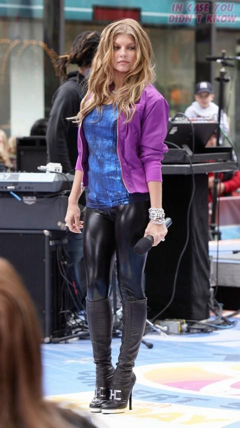 Fergie Today Fergie Performs Live On Nbc S The Today Show This